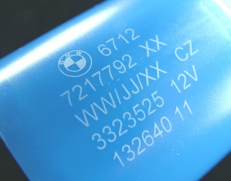 3W uv laser marking on plastic are no carbonization, no foaming and perfect engraving